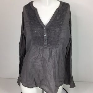 GAP Gray Lightweight Top Crochet Detail Size S